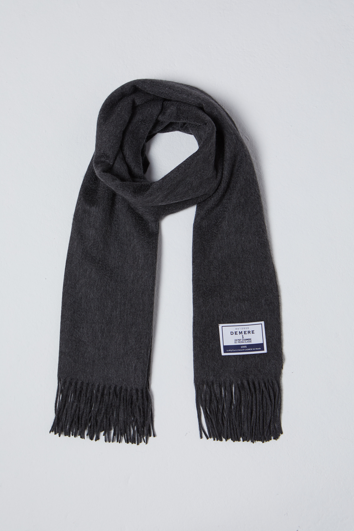 DEMERE CASHMERE 100 MUFFLER (CHACOAL GRAY)